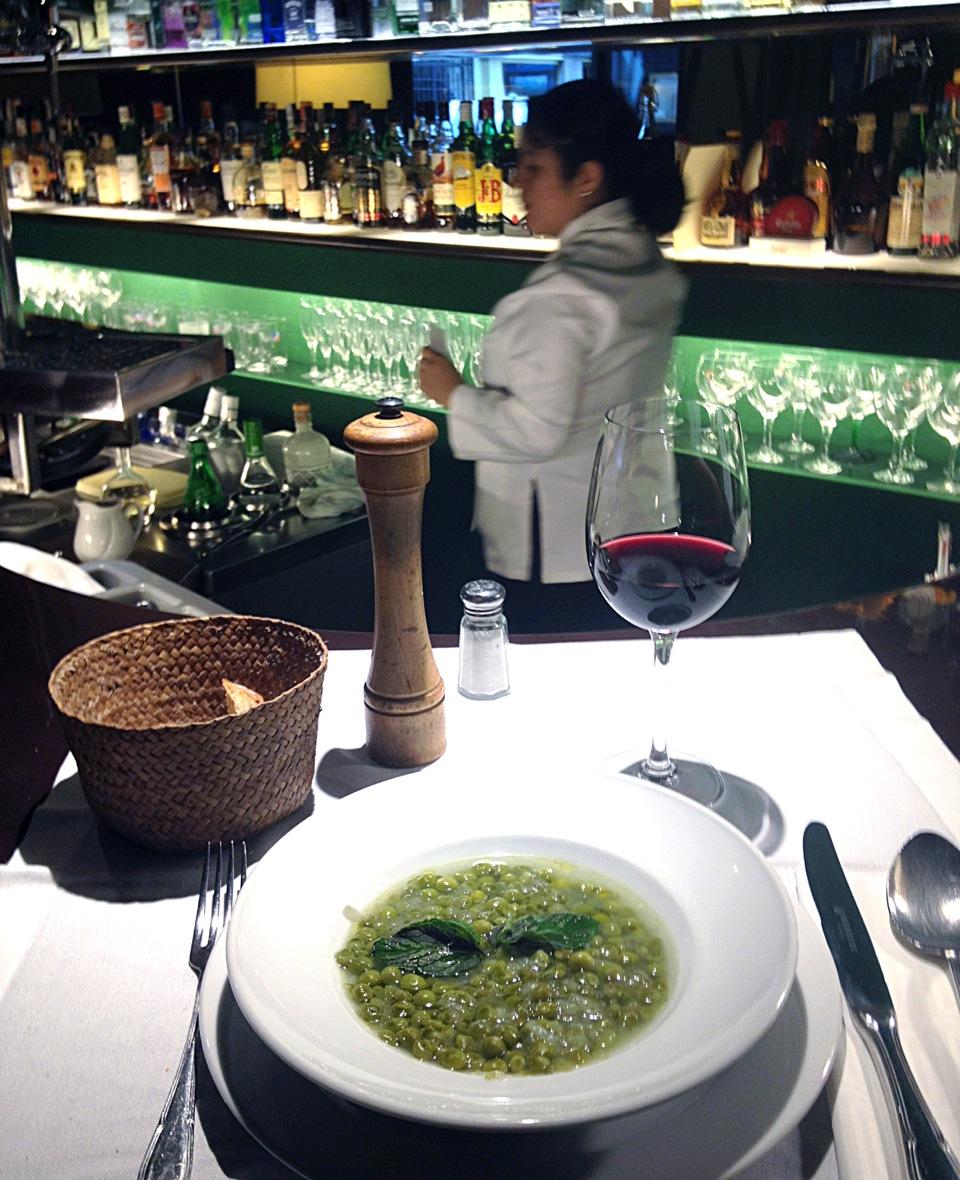 Restaurante italiano referente en barcelona cocteler a - Restaurante cocina catalana barcelona ...
